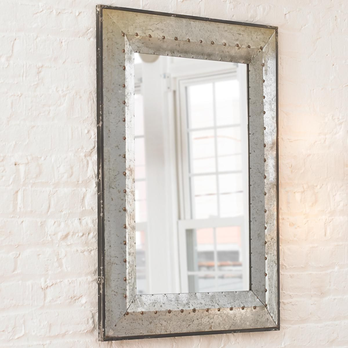 Well Known Lajoie Rustic Accent Mirrors With Regard To Mordern Minimalist Mirror (View 19 of 20)
