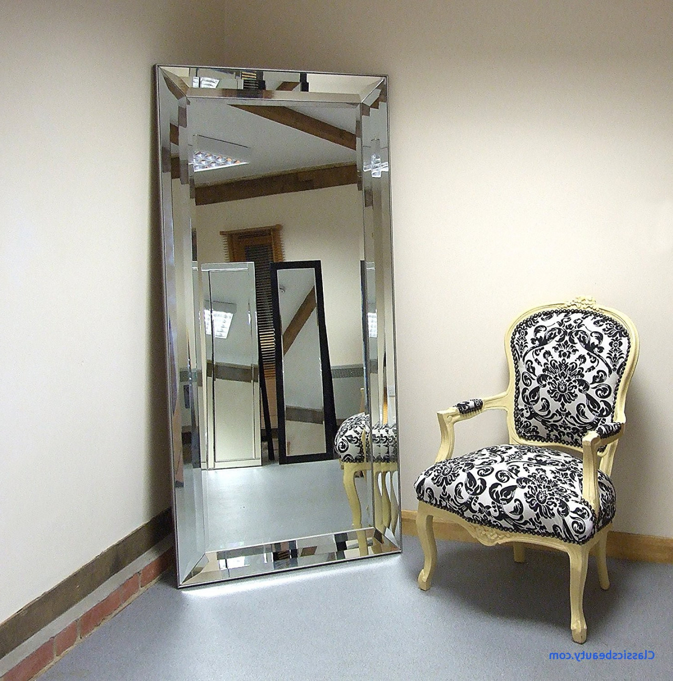 Well Known Luxury Wall Mirrors For Large Wall Mirror Luxury Mirrors With Lights In Sleek Decorative (View 19 of 20)