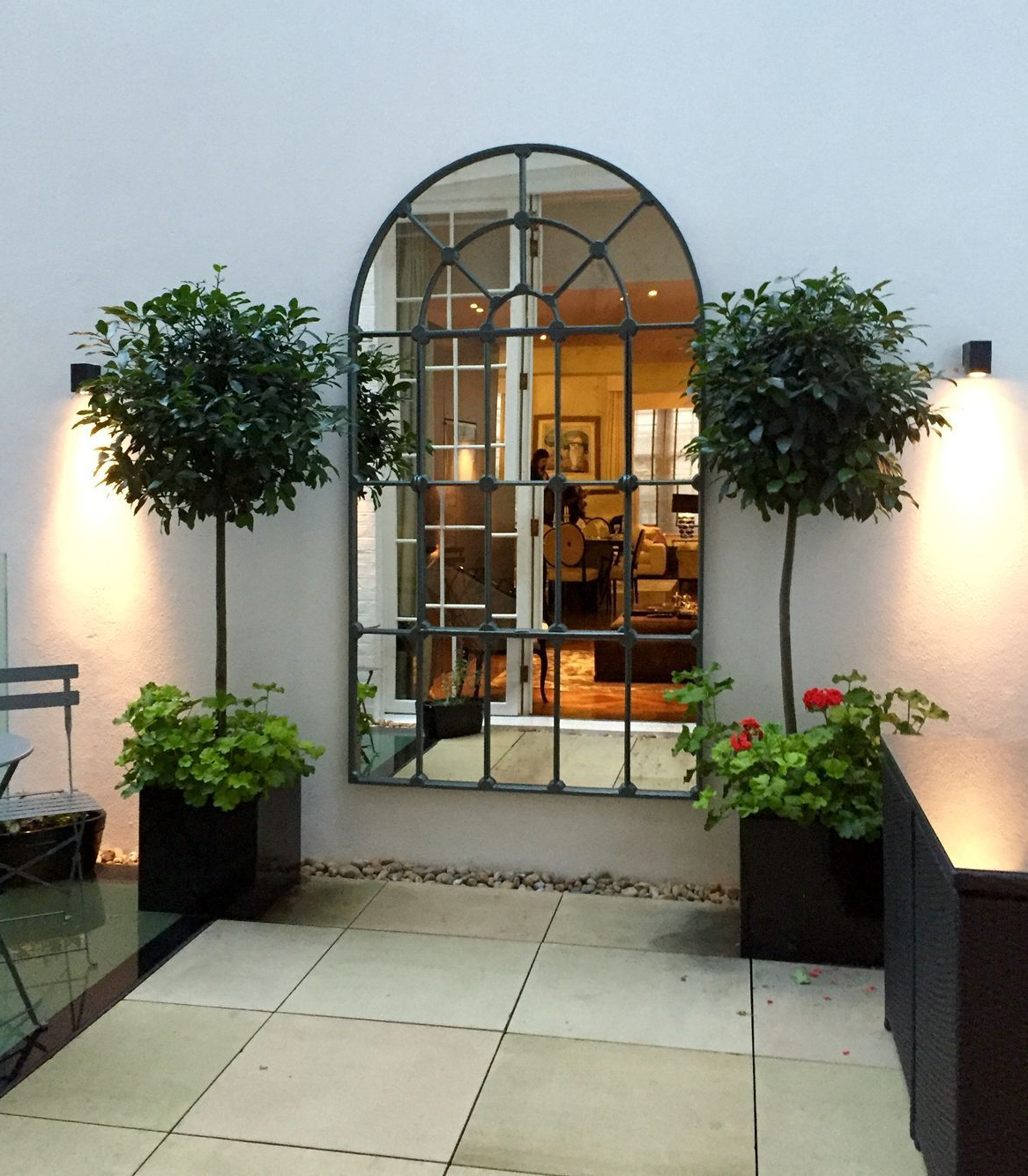 Well Known Outdoor Garden Wall Mirrors Pertaining To 44 Inspiring Outdoor Garden Wall Mirrors Ideas (View 16 of 20)