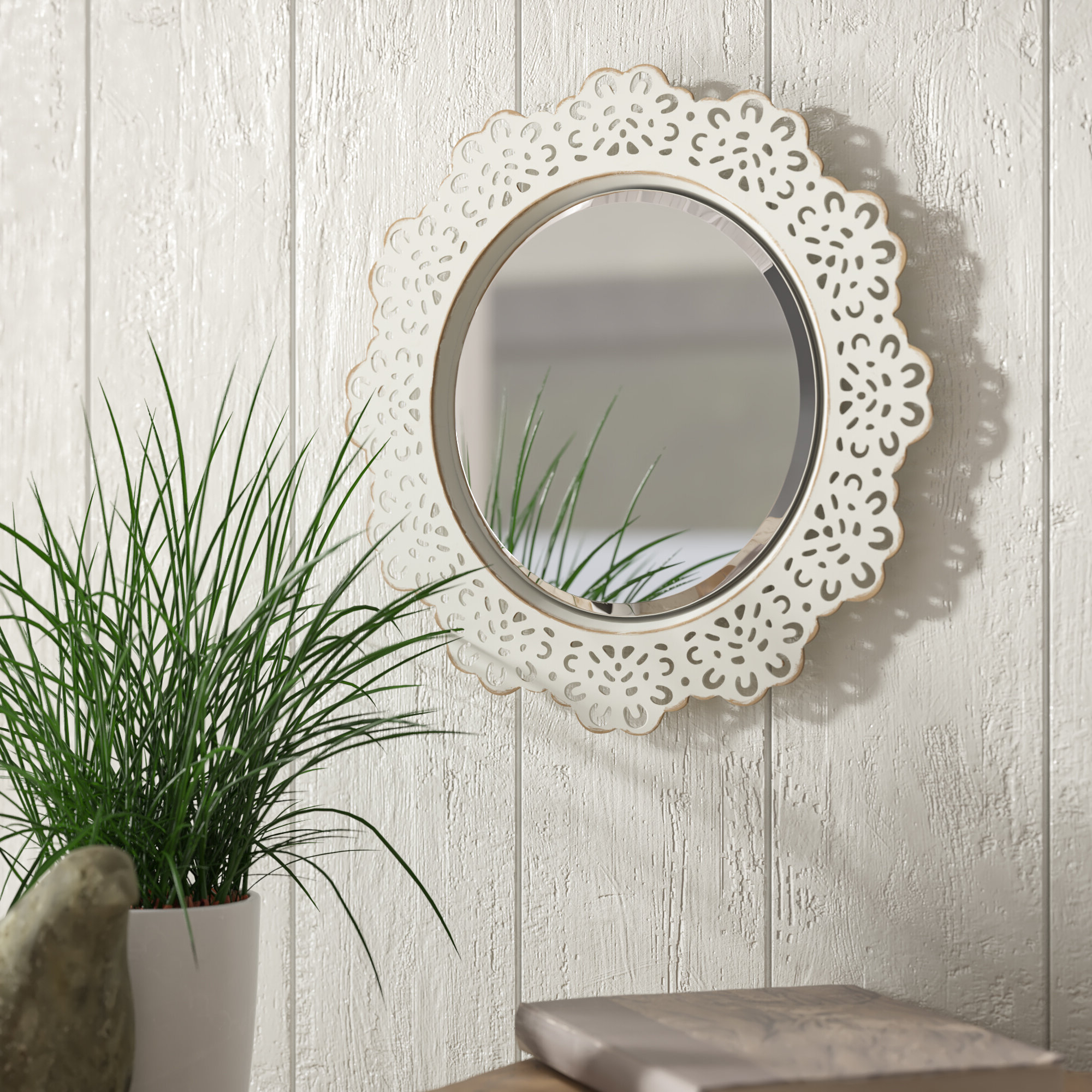 Well Liked Arrigo Accent Mirrors With Pettine Metal Lace Accent Wall Mirror (View 8 of 20)
