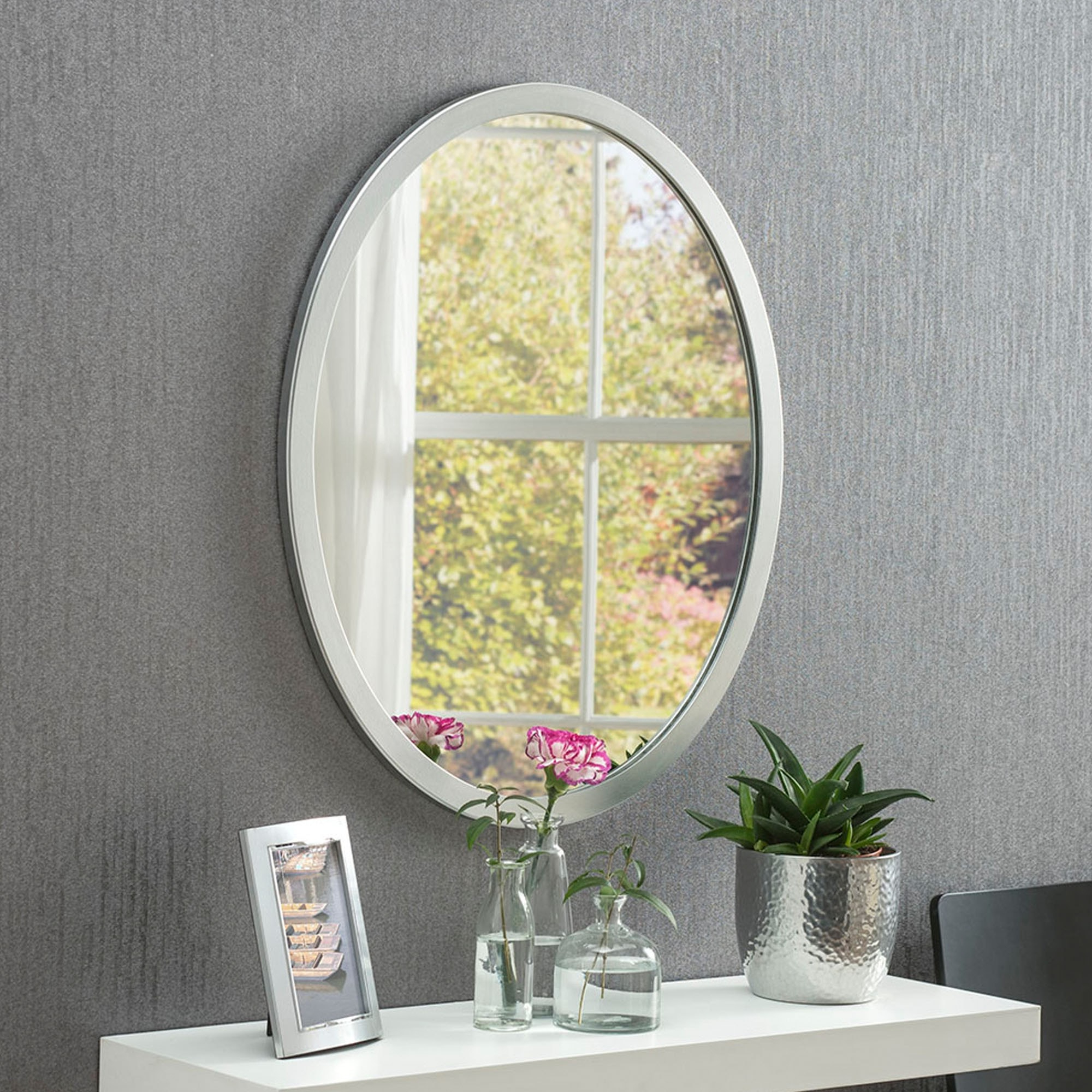 Well Liked Classic Oval Silver Wall Mirror Intended For Classic Wall Mirrors (View 13 of 20)