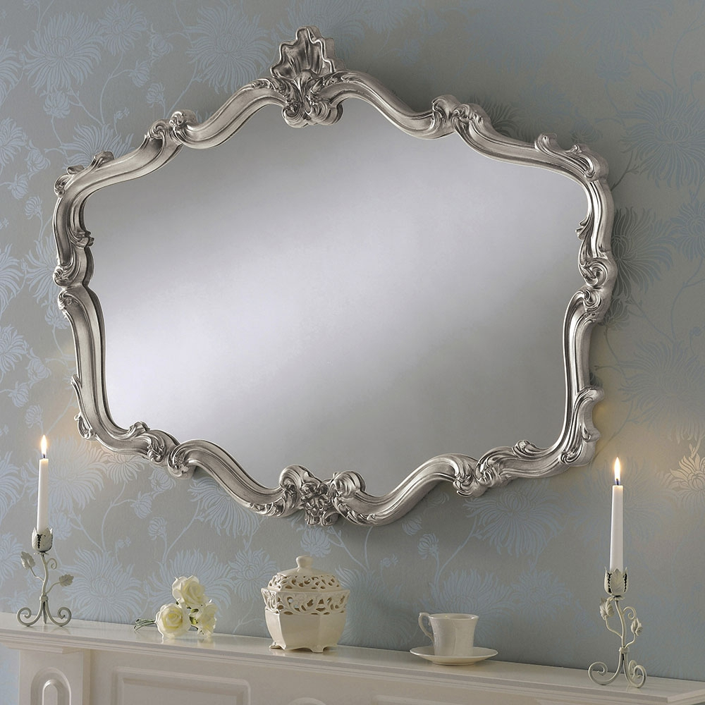 Well Liked Crested Shaped Large Decorative Wall Mirror: Gold With Large Decorative Wall Mirrors (View 20 of 20)