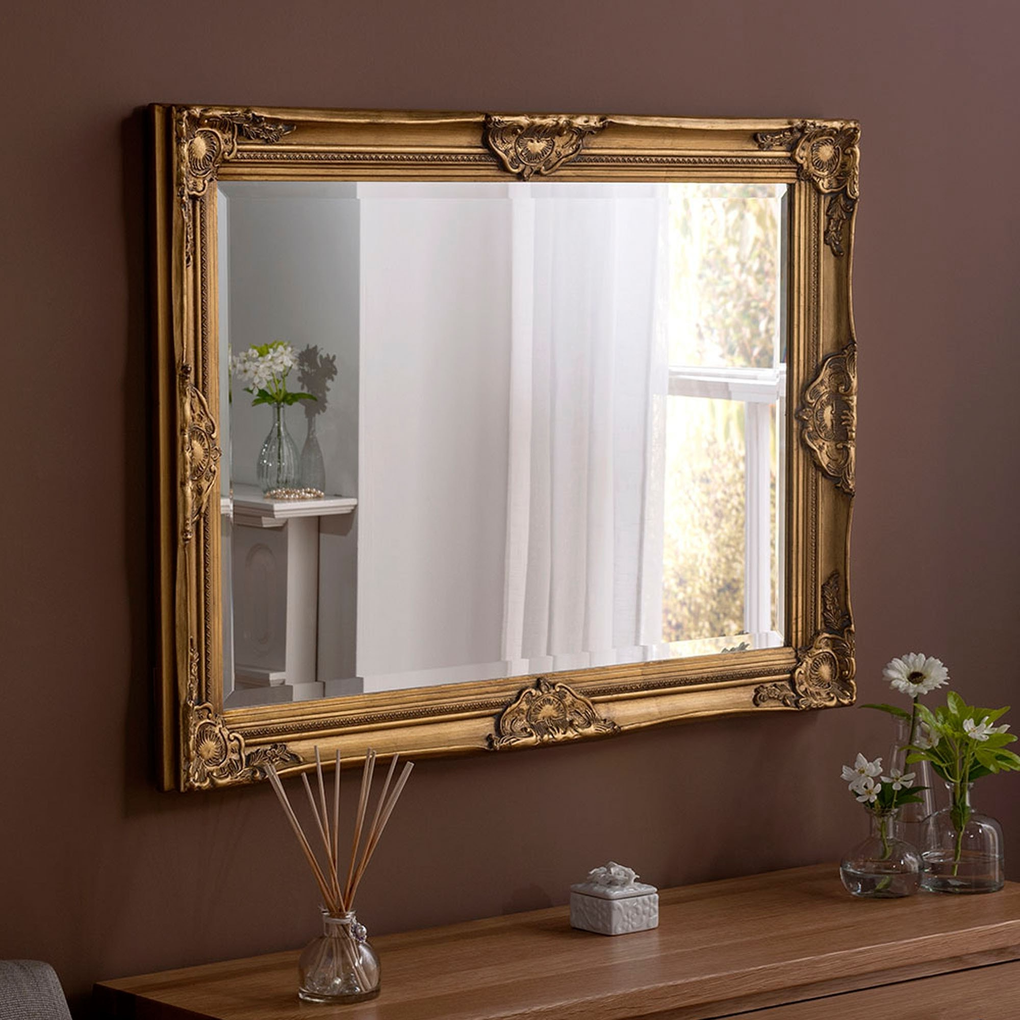 Well Liked Decorative Baroque Gold Wall Mirror In Baroque Wall Mirrors (View 20 of 20)