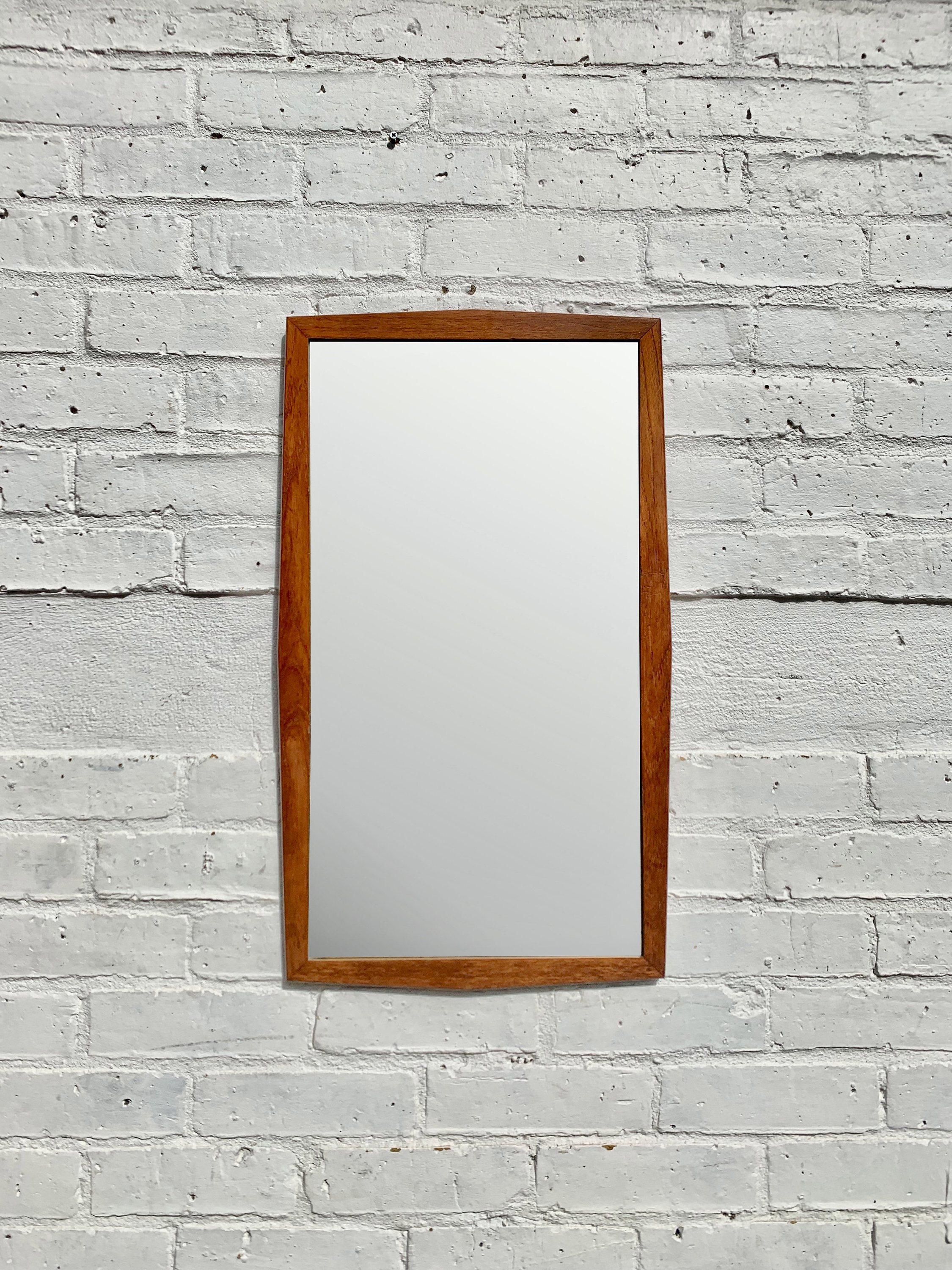 Well Liked Retro Wall Mirrors Throughout Vintage Retro Wall Mirror Rectangular (View 13 of 20)