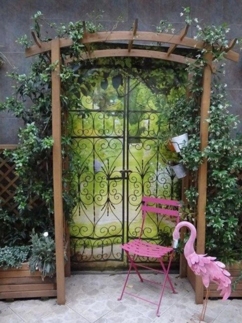 Widely Used 44 Inspiring Outdoor Garden Wall Mirrors Ideas (View 19 of 20)