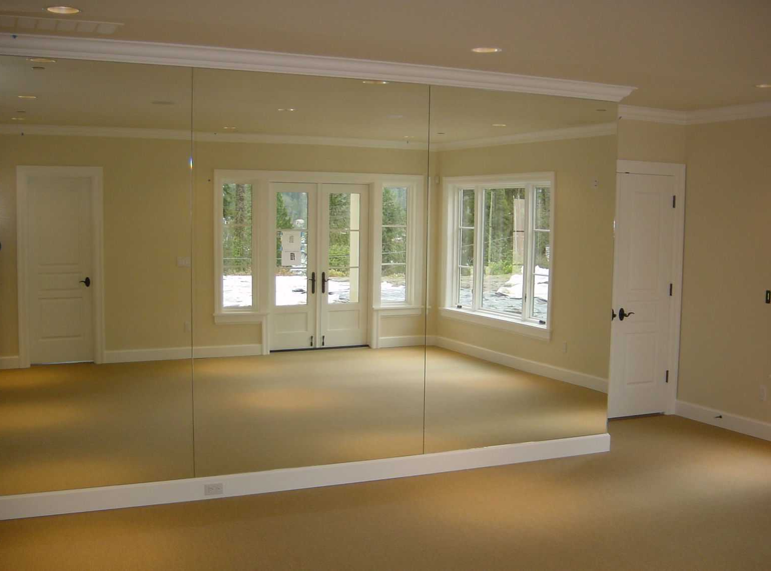 Widely Used Gym Full Wall Mirrors For Mirror: Gym Mirrors Help You Check Your Posture And Positioning (View 4 of 20)