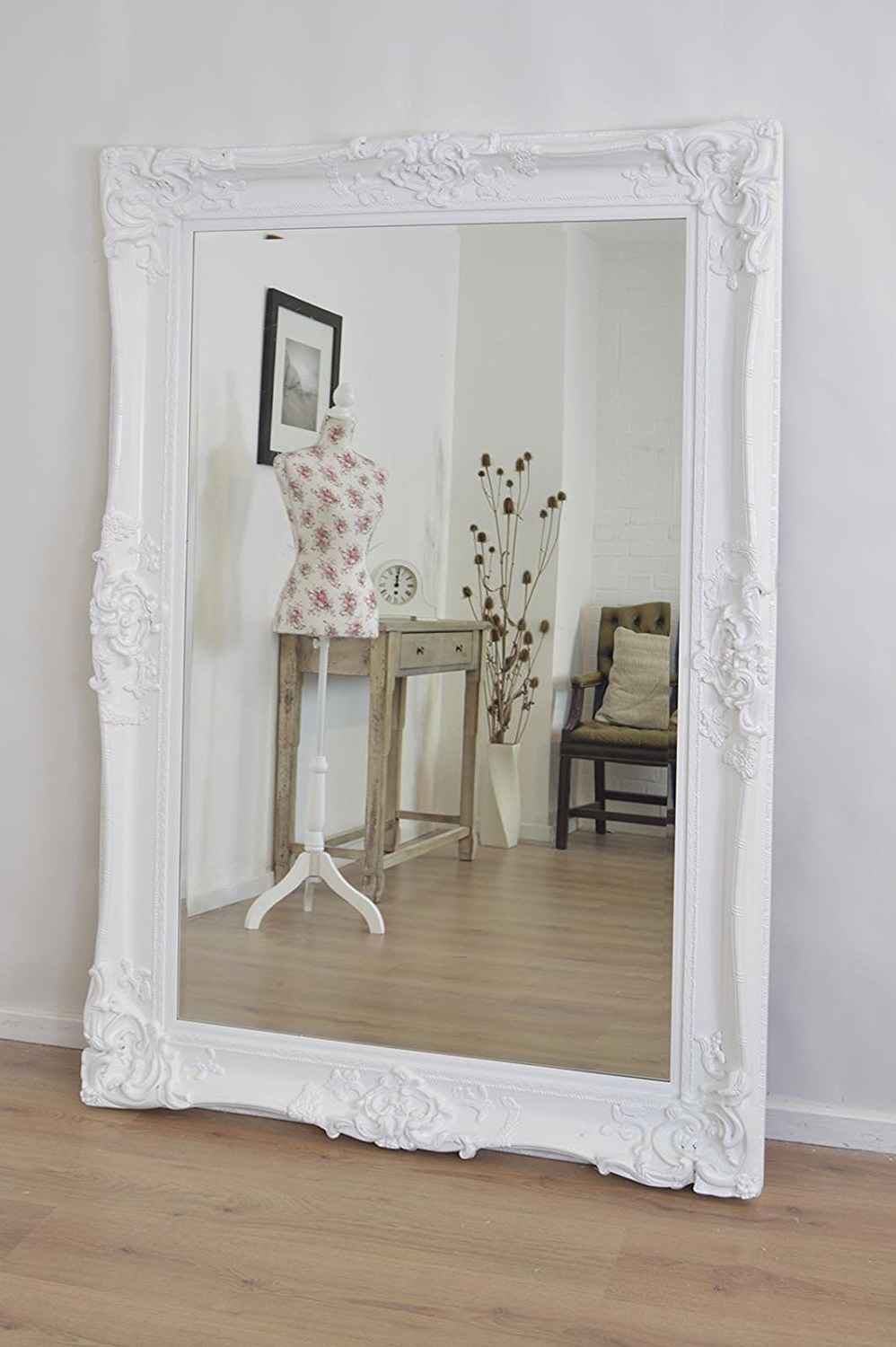 Widely Used Large Mirror Wall Mirrors Floor Decoration Decorative Round Throughout White Shabby Chic Wall Mirrors (View 12 of 20)