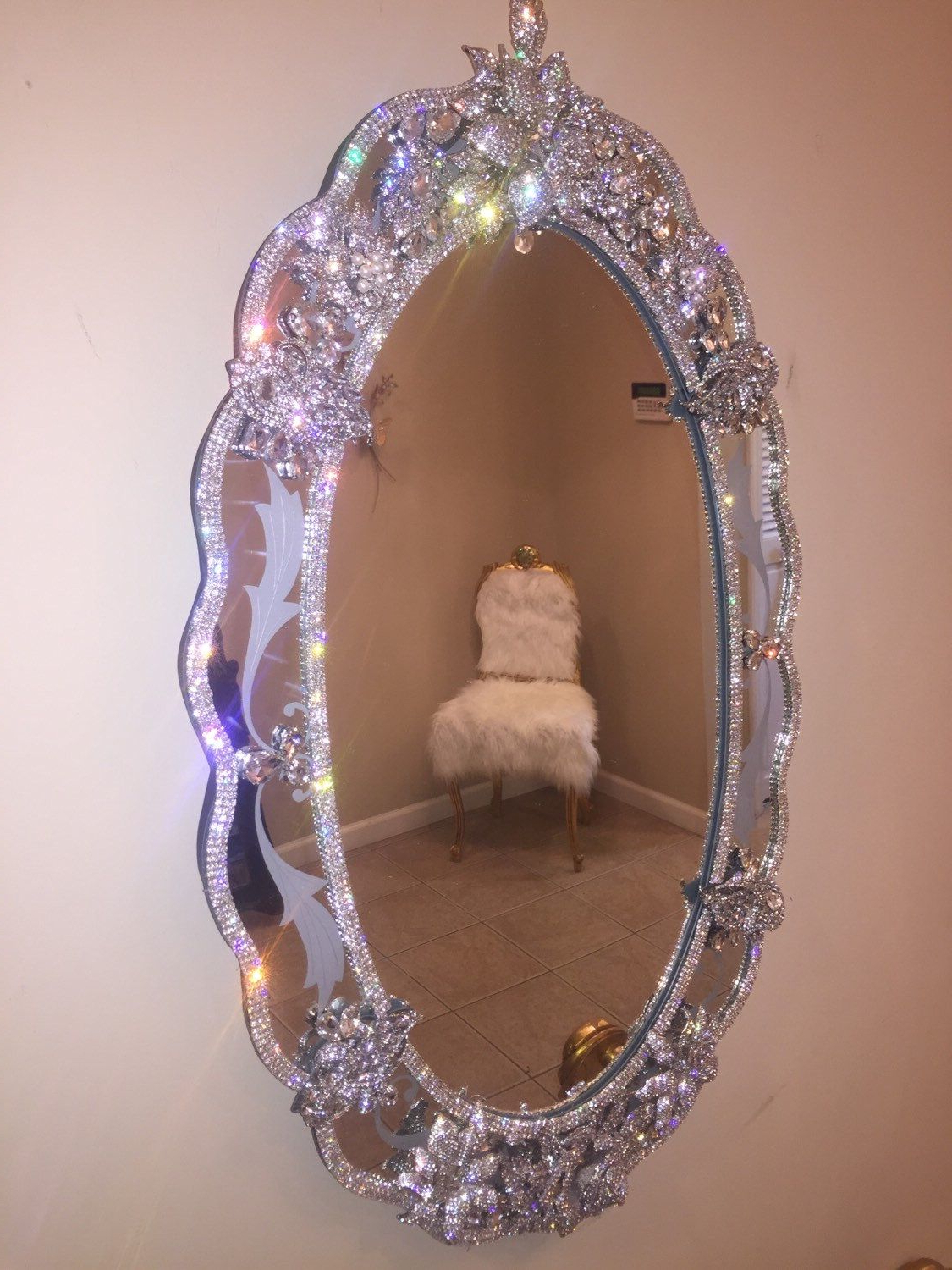 Widely Used Rhinestone Wall Mirrors Inside Find Inspiration To Decorate The Kids' Room With The Latest Trends (View 4 of 20)