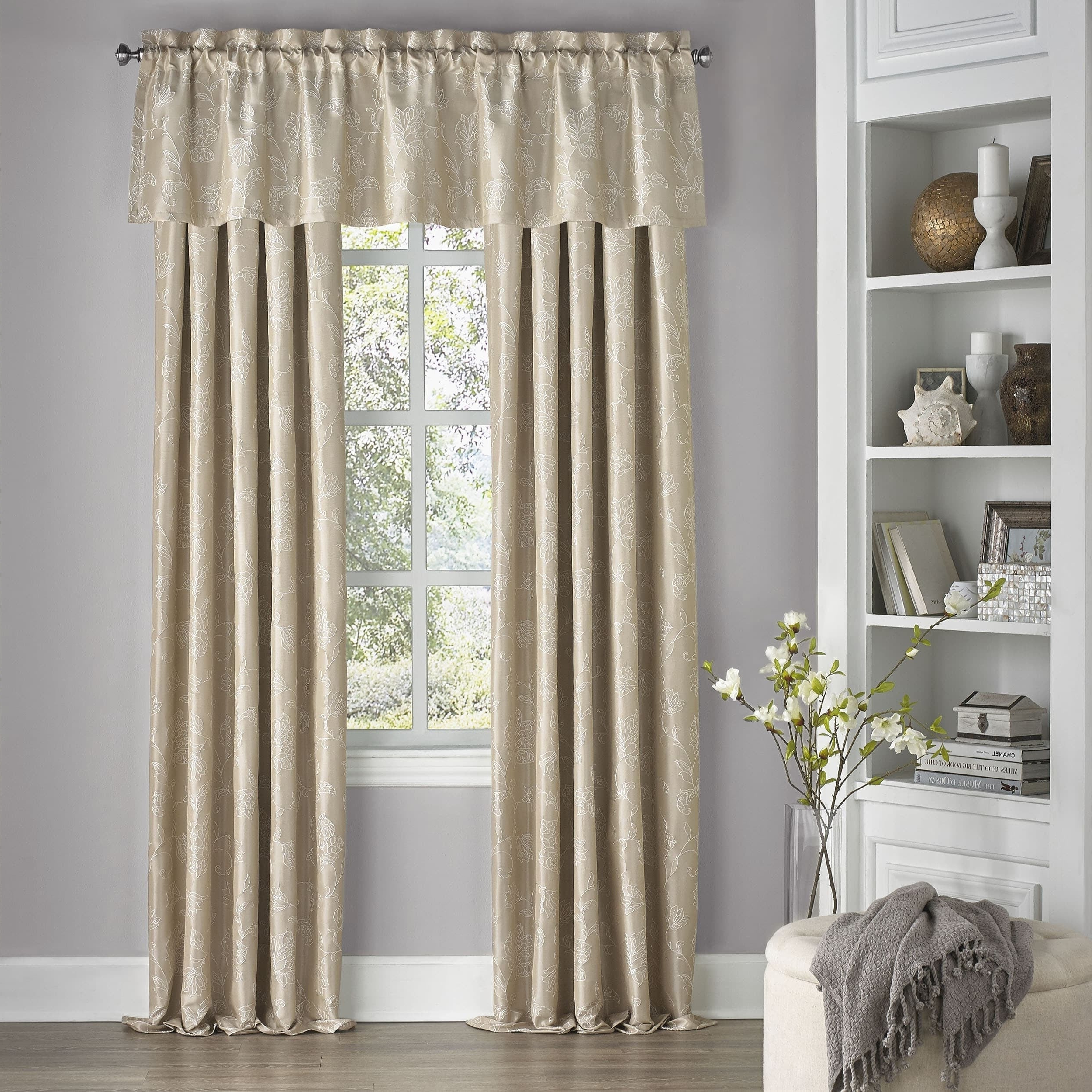 Eclipse Corinne Thermaback Curtain Panels Throughout Best And Newest Eclipse Mallory Floral Blackout Window Curtain Panel (View 16 of 20)