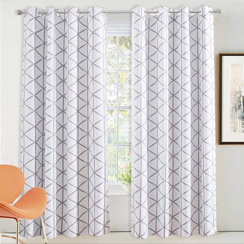 Fashionable Kaiden Geometric Room Darkening Window Curtains For Driftaway Raymond Geometric Pattern Lined Blackout Window Curtain Panel Pair (View 13 of 20)