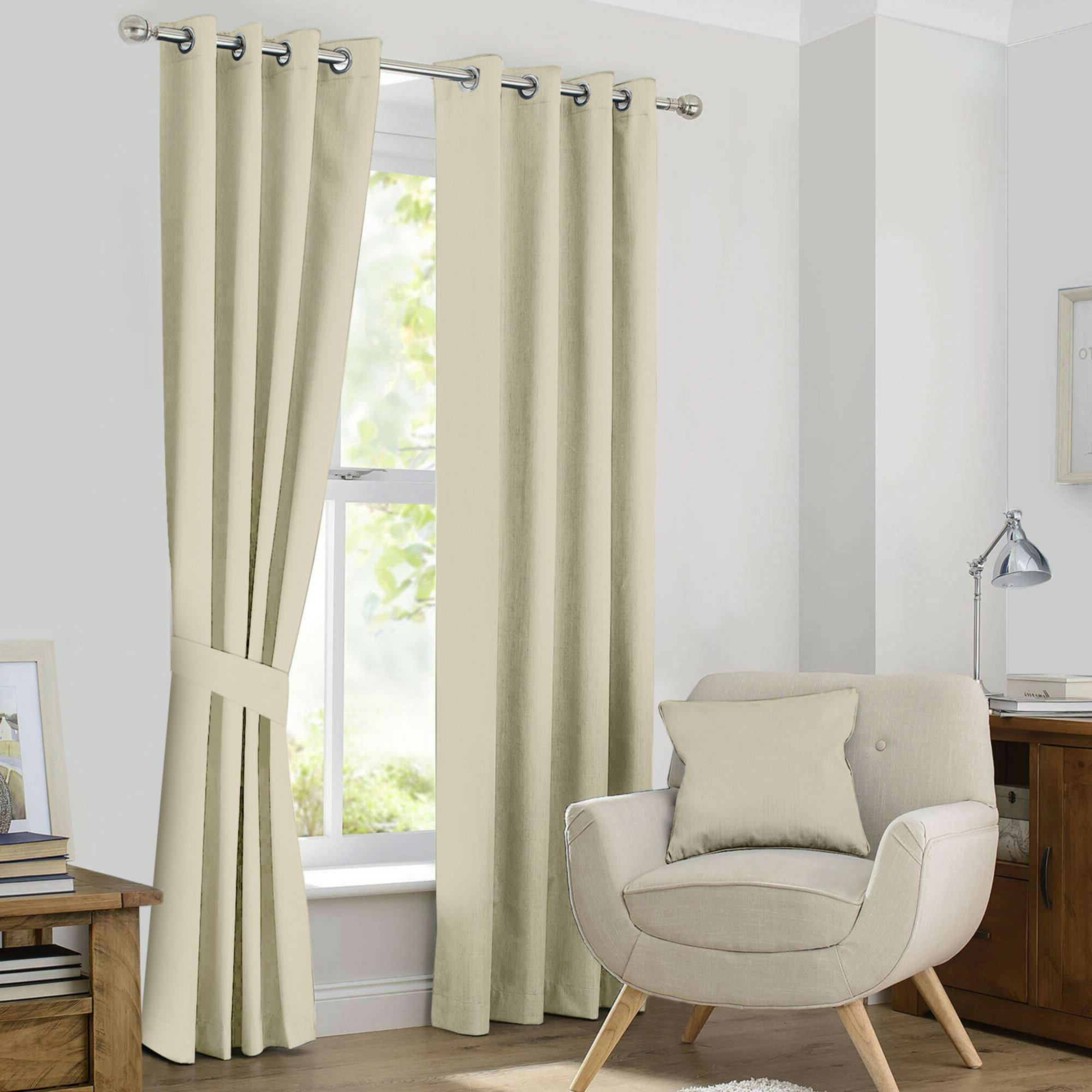 Favorite Kaylee Solid Blackout Thermal Grommet Curtain Panels Intended For Kaylee Solid Crushed Sheer Window Curtain Pairs (Gallery 10 of 20)
