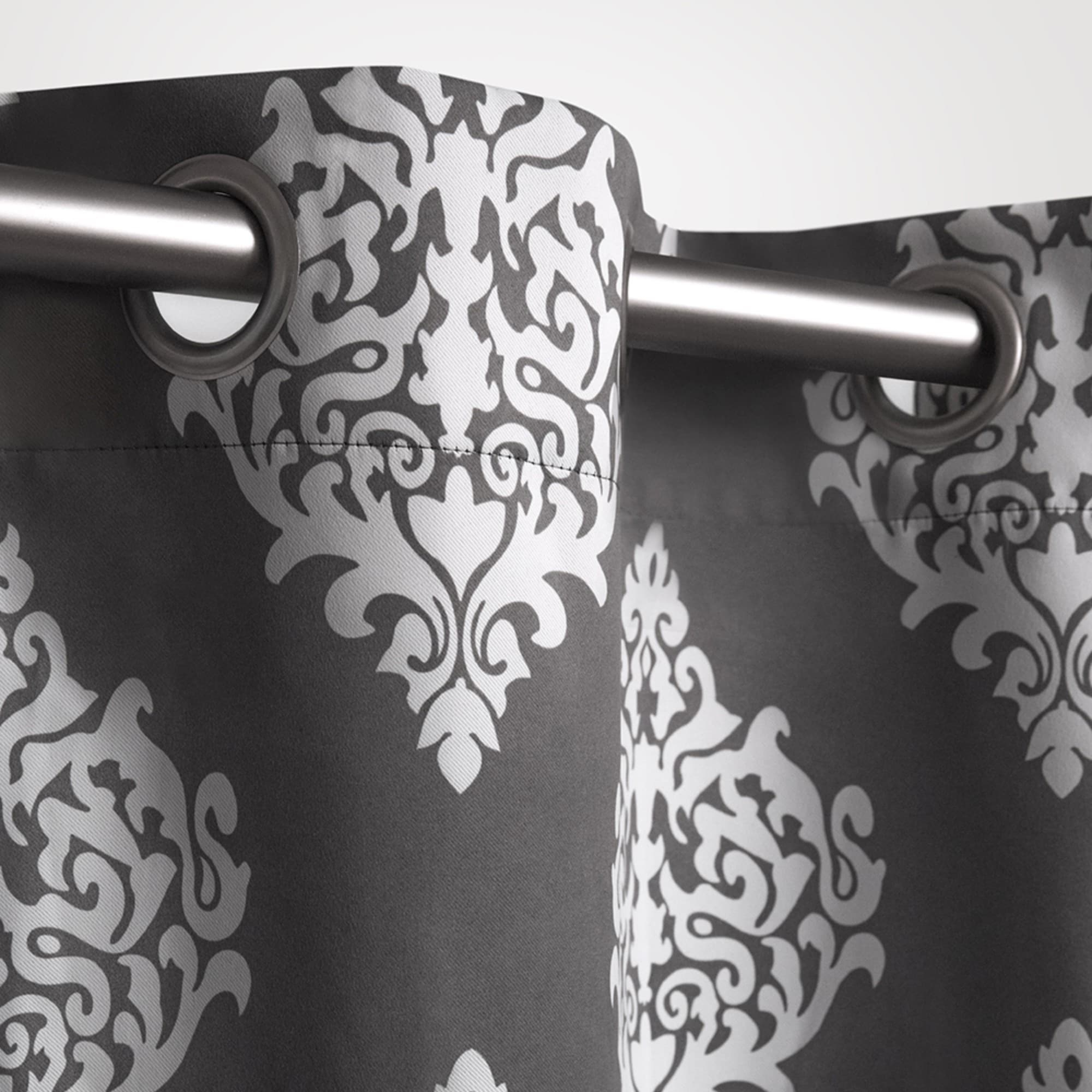 Gracewood Hollow Tucakovic Energy Efficient Fabric Blackout Curtains With Regard To Fashionable Gracewood Hollow Corine Medallion Pattern Blackout Curtain Panel Pair (View 14 of 20)