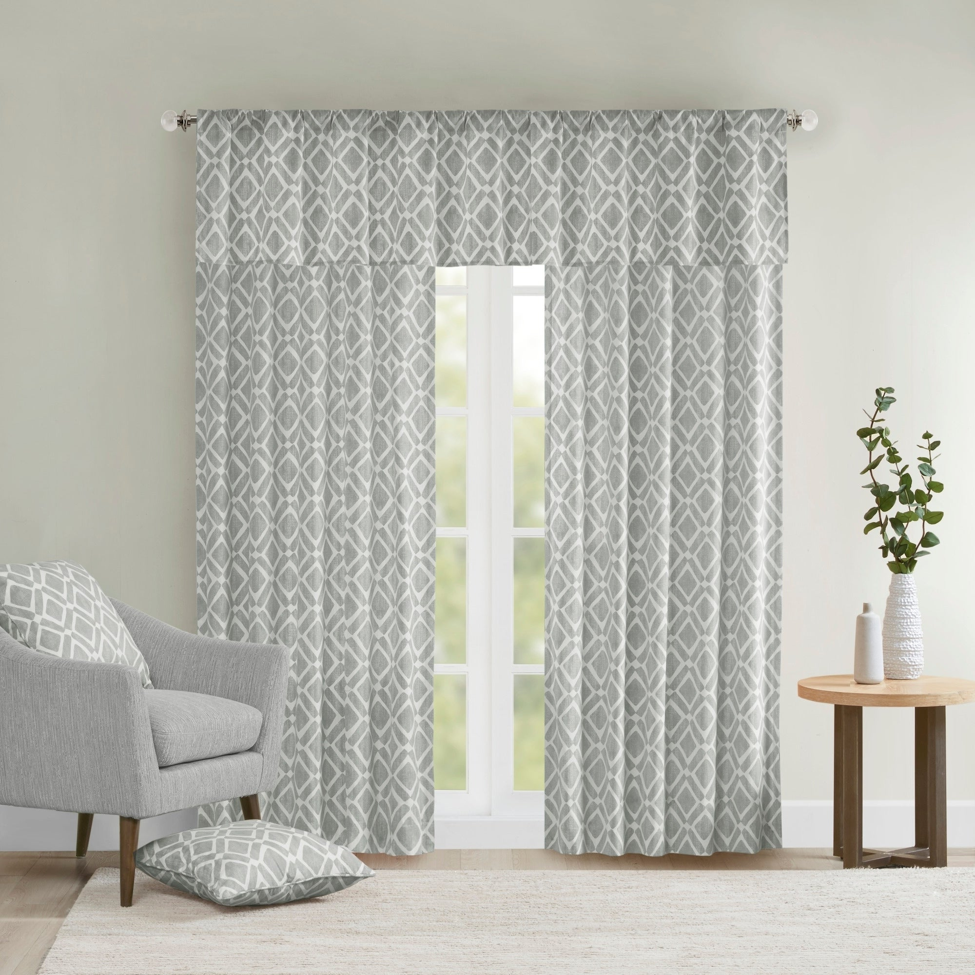 Madison Park Ella Window Curtain Panel Regarding Popular Ella Window Curtain Panels (Gallery 1 of 20)