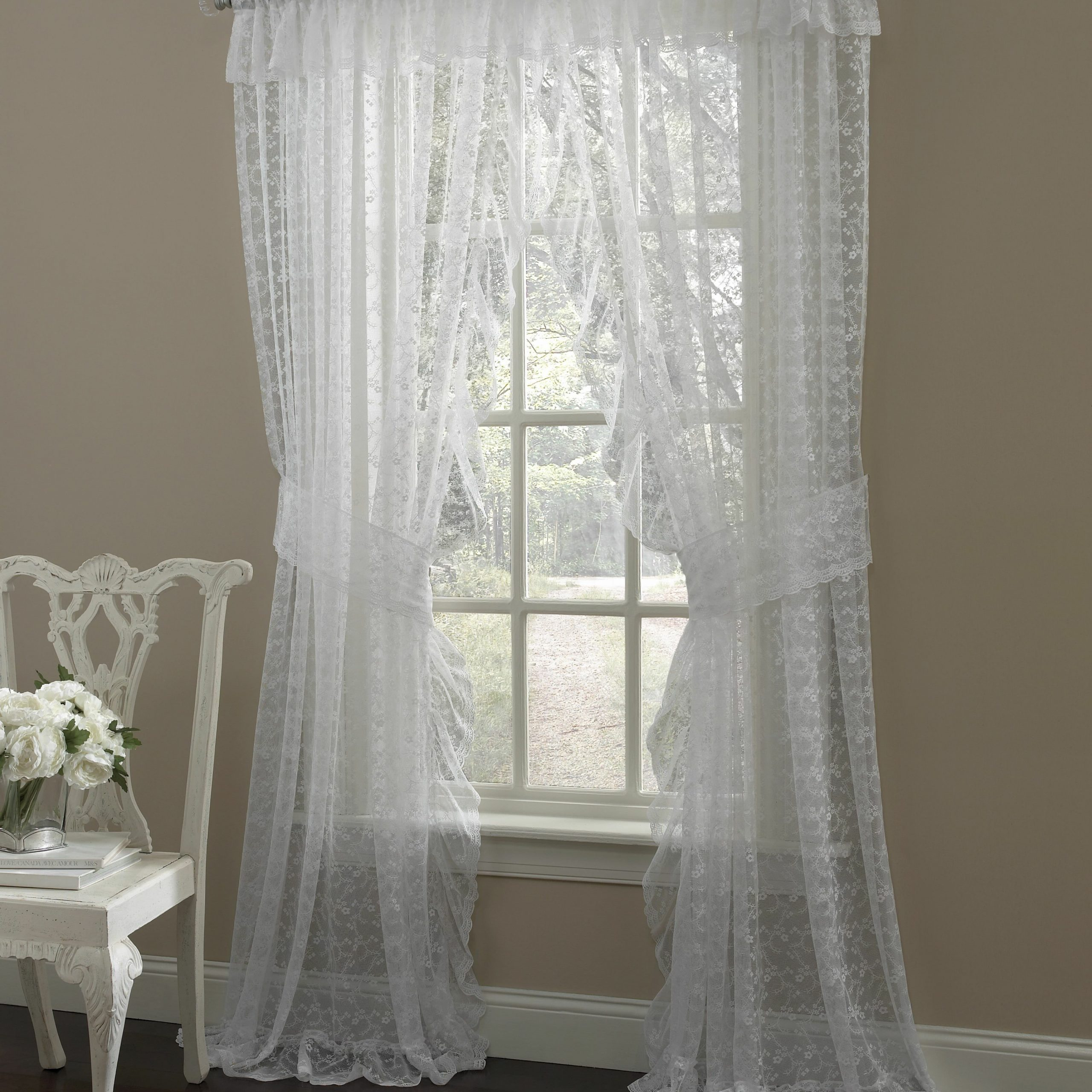 Most Current Elegant Comfort Window Sheer Curtain Panel Pairs With Regard To Maximo Traditional Elegance Floral Semi Sheer Curtain Panels (Gallery 8 of 20)