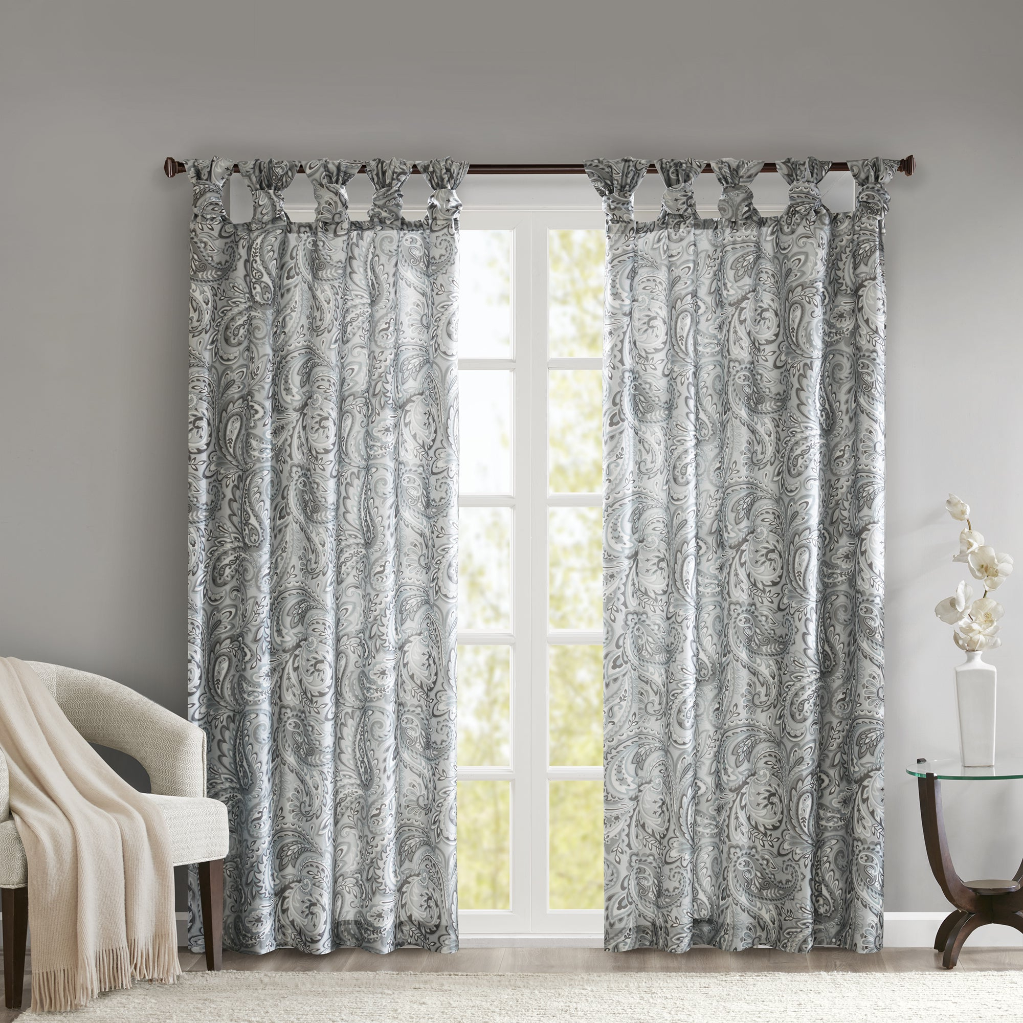 Most Popular Madison Park Rosalie Twist Tab Paisley Printed Single Window Curtain Panel Throughout Sunsmart Dahlia Paisley Printed Total Blackout Single Window Curtain Panels (View 7 of 20)