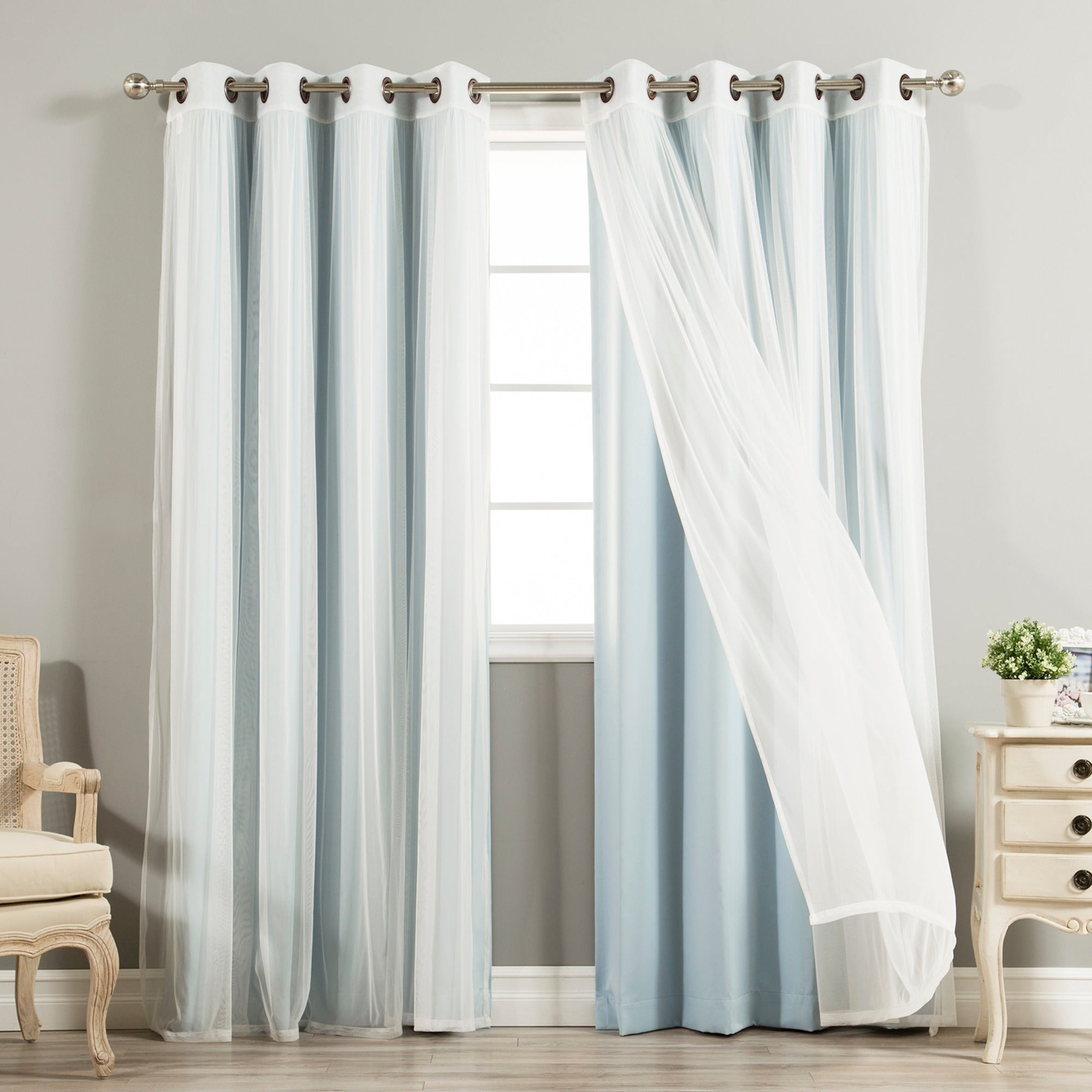 Featured Photo of Mix & Match Blackout Tulle Lace Bronze Grommet Curtain Panel Sets