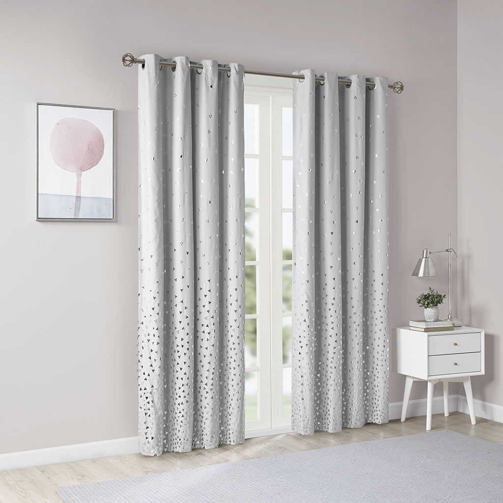 Most Up To Date Details About Intelligent Design Zoey Total Blackout Printed Metallic Window Panel In Total Blackout Metallic Print Grommet Top Curtain Panels (View 17 of 20)
