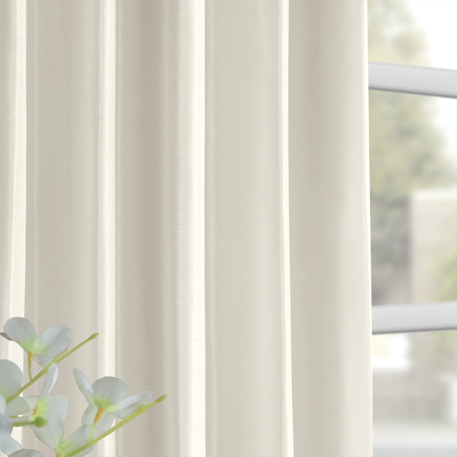 Preferred Off White Vintage Faux Textured Silk Curtains Pertaining To Exclusive Fabrics Off White Vintage Faux Textured Dupioni Silk Curtain (View 12 of 20)
