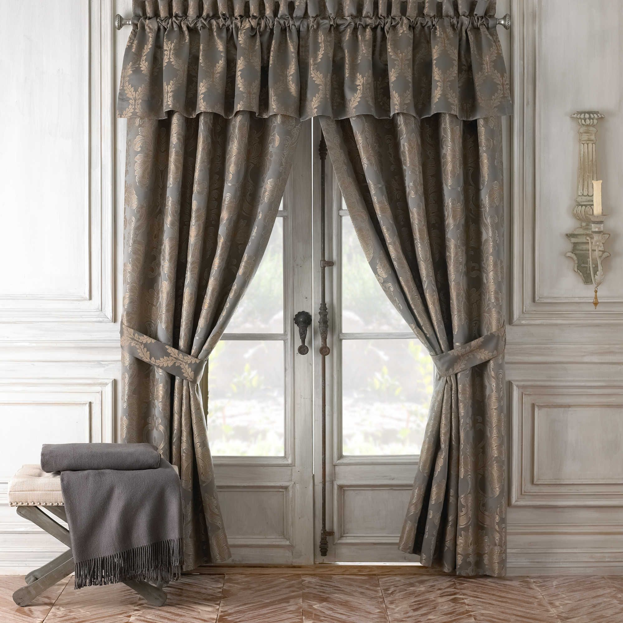 Stuff For New With Regard To Elrene Mia Jacquard Blackout Curtain Panels (View 15 of 20)