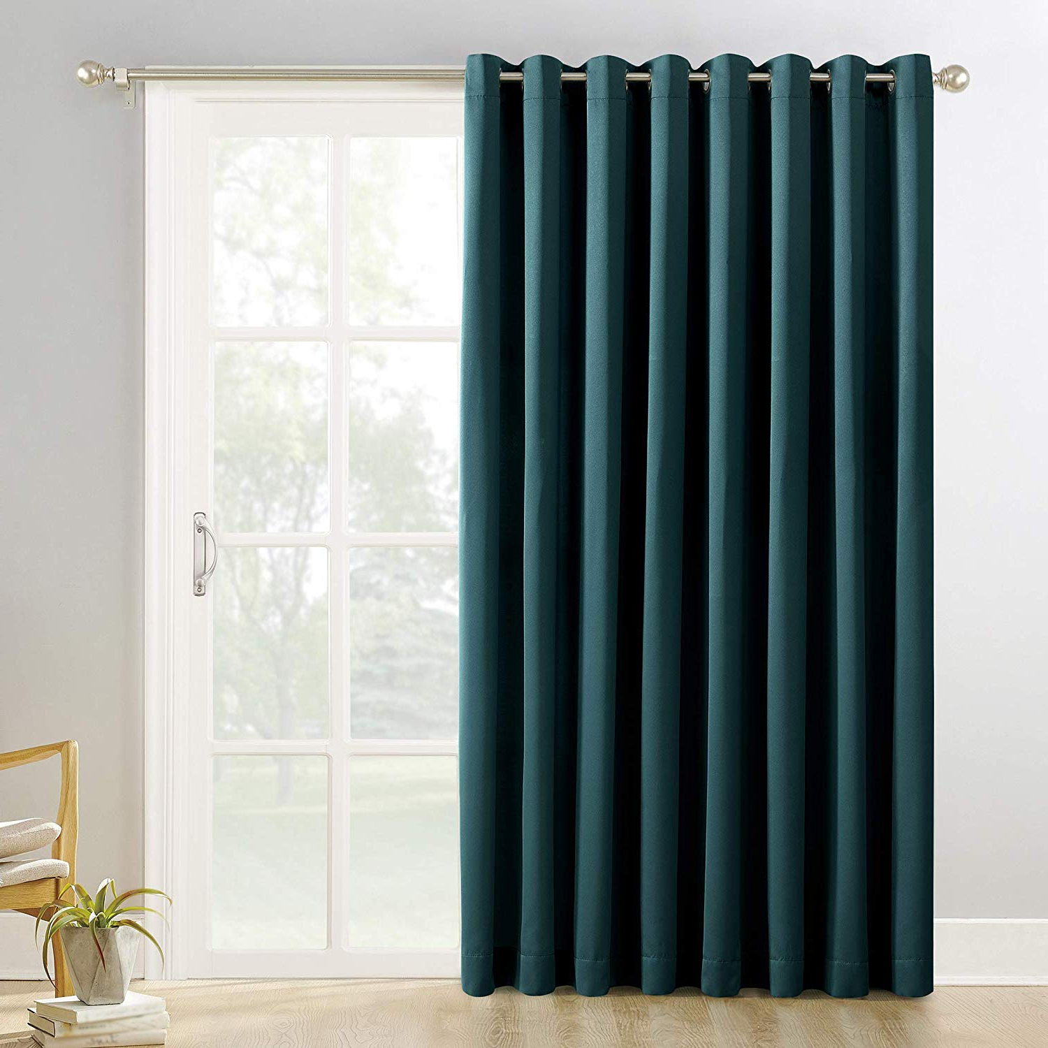 Well Liked Sun Zero Easton Blackout Energy Efficient Grommet Curtain Panel For Duran Thermal Insulated Blackout Grommet Curtain Panels (View 9 of 21)