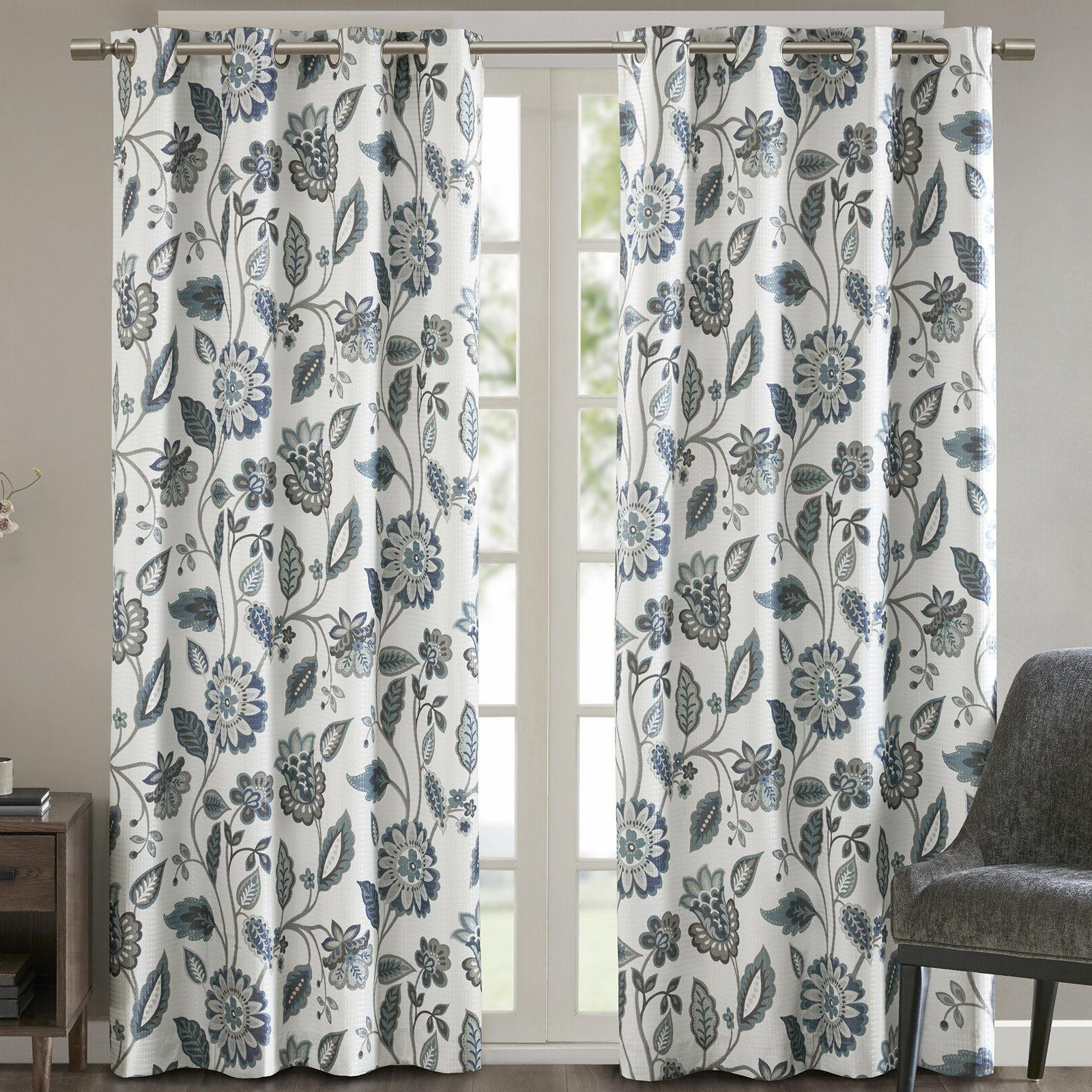 Ziva Floral Room Darkening Thermal Grommet Single Curtain With Regard To Most Current Duran Thermal Insulated Blackout Grommet Curtain Panels (View 21 of 21)