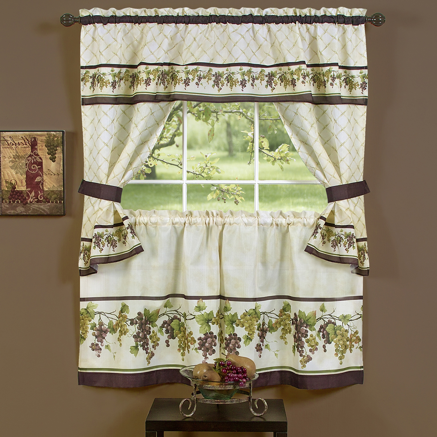 Featured Photo of Complete Cottage Curtain Sets With An Antique And Aubergine Grapvine Print