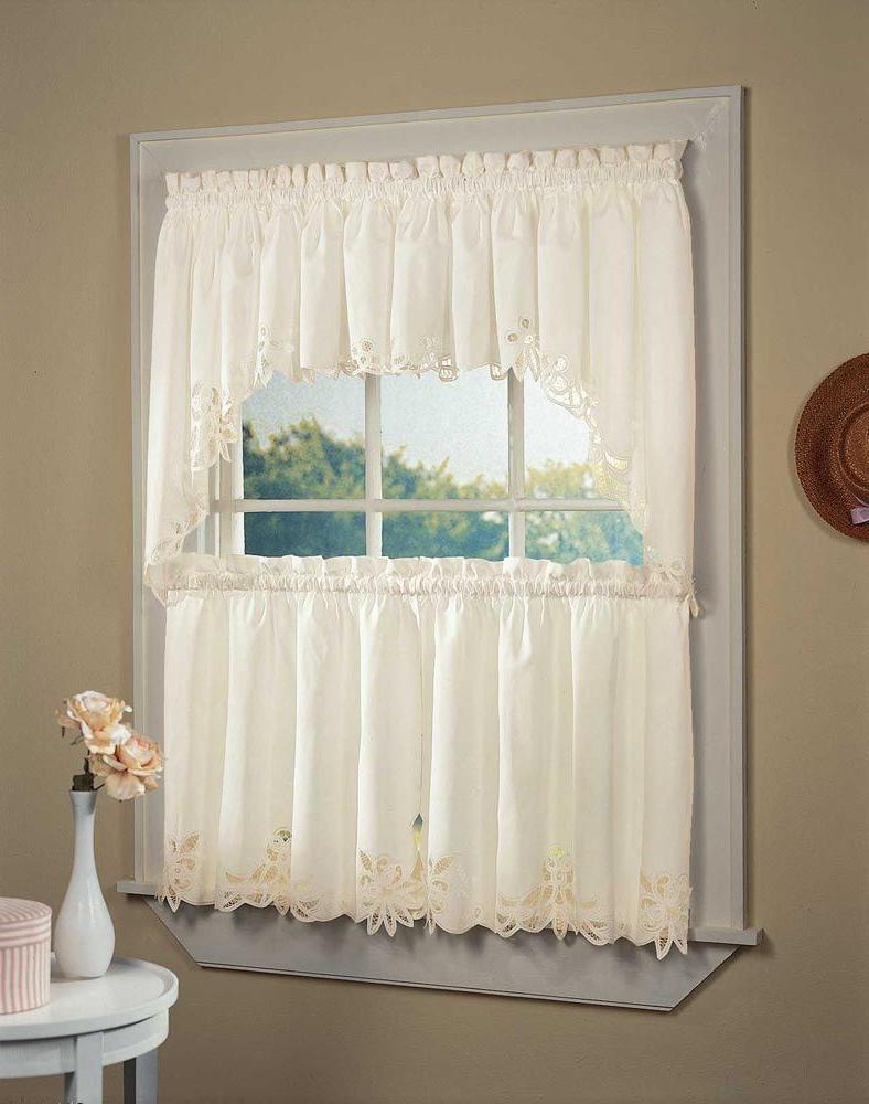 Embroidered Floral 5 Piece Kitchen Curtain Sets Regarding Well Known Шторы В Стиле Прованс – 75 Фото Стильного И Современного (View 18 of 20)