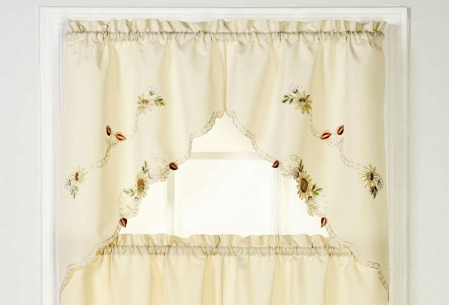 Favorite Amazon: Ben & Jonah Simple Eleganceben&jonah Inside Traditional Tailored Window Curtains With Embroidered Yellow Sunflowers (View 5 of 20)