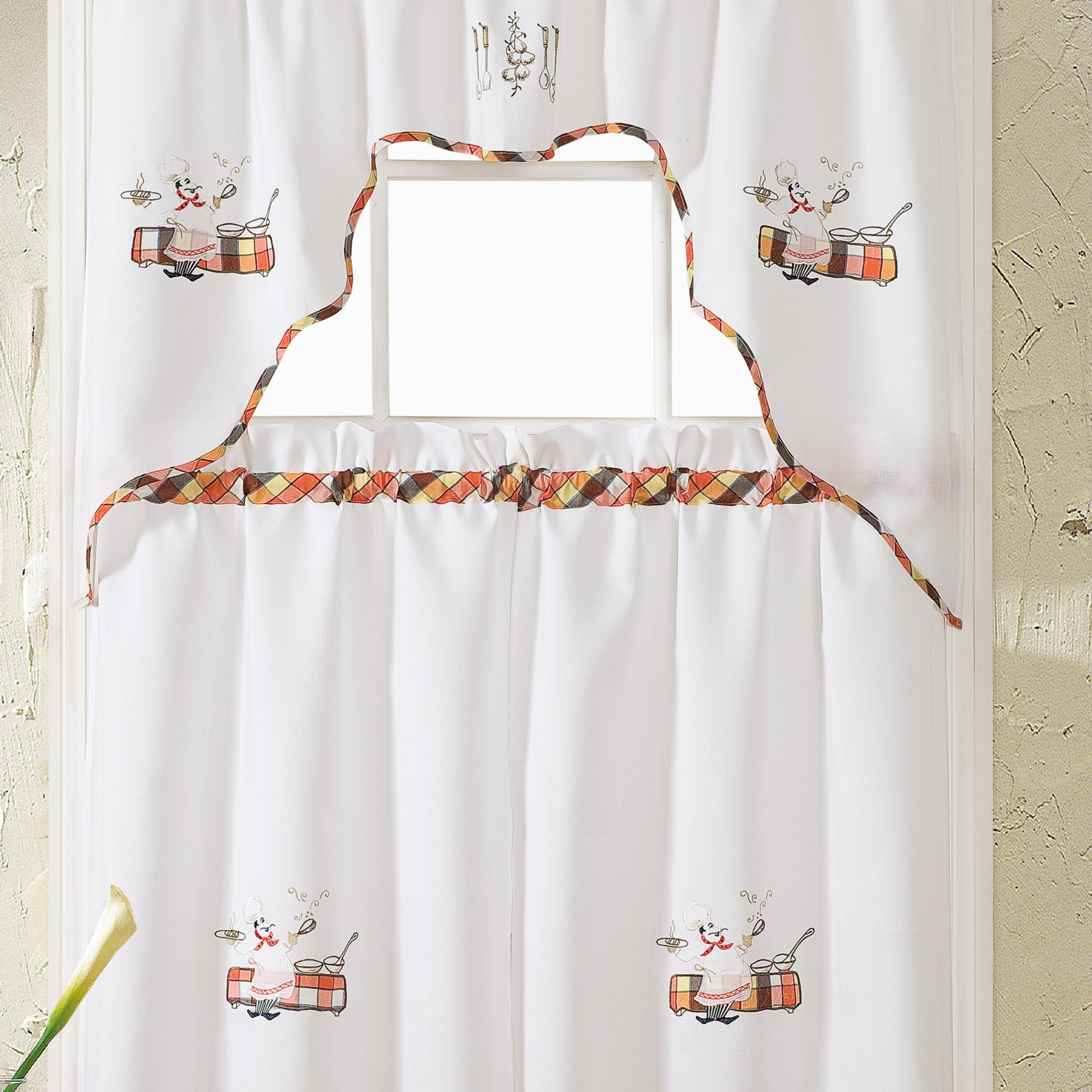 Latest Embroidered Chef Black 5 Piece Kitchen Curtain Sets Inside Bagley Chef Embroidered Kitchen Curtain (View 17 of 20)