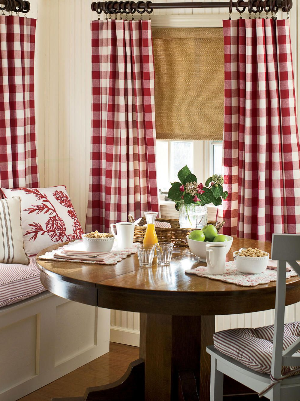 Red Kitchen In Red Rustic Kitchen Curtains (Gallery 14 of 20)