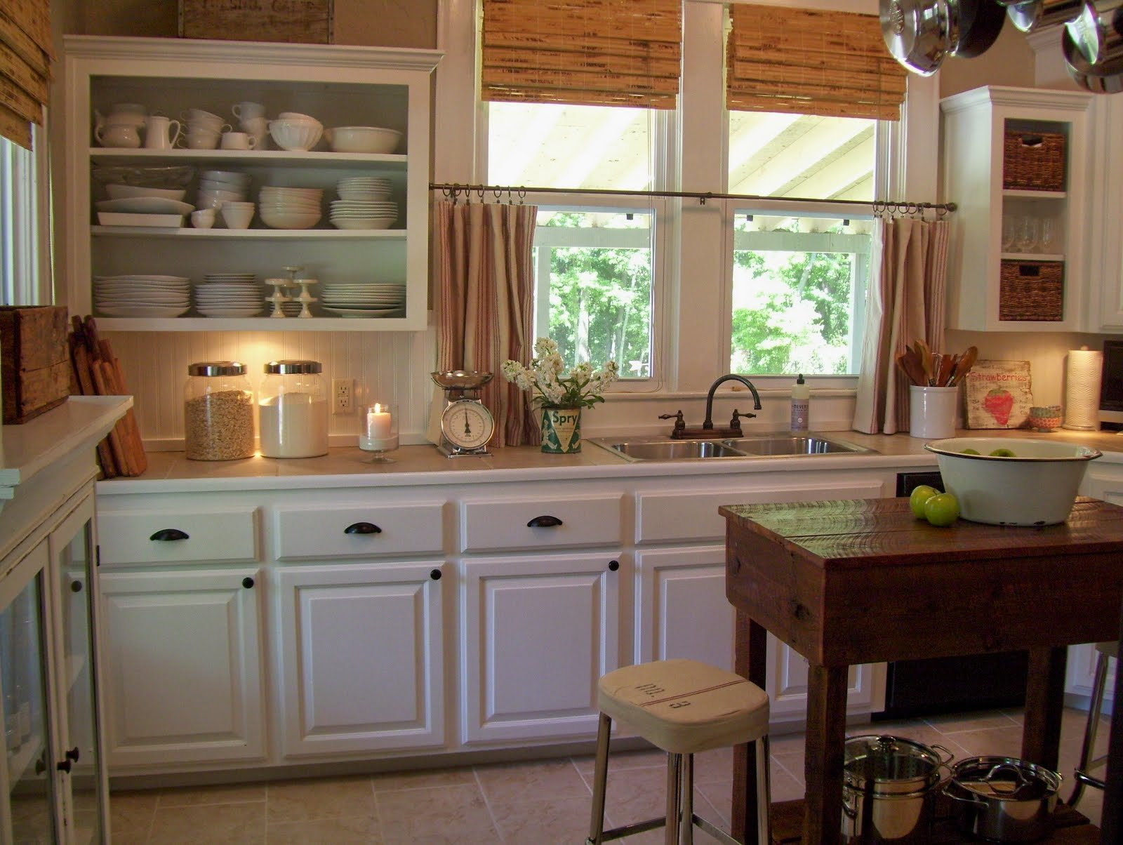Trendy Old Red Kitchen Design Rustic Country Curtains The Small For Red Rustic Kitchen Curtains (View 18 of 20)