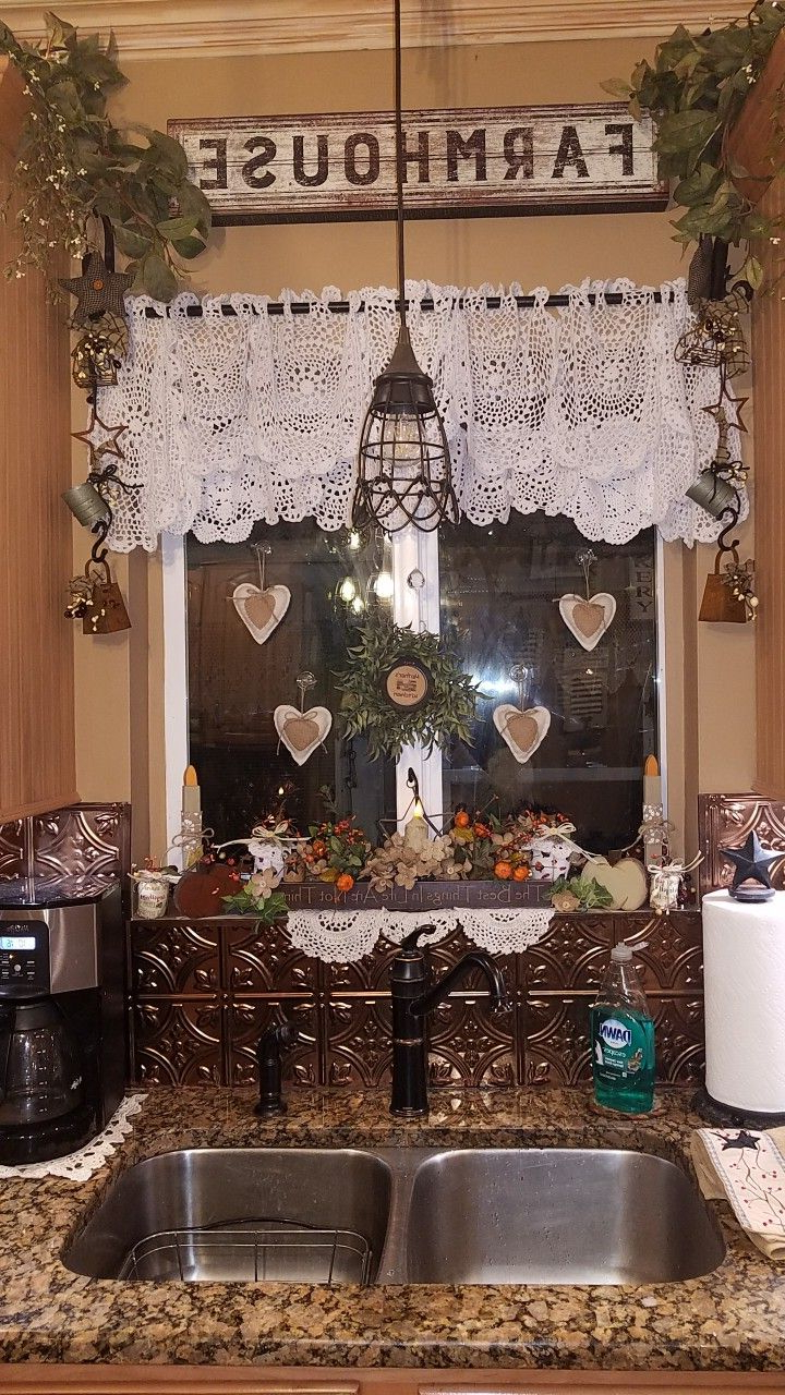 Featured Photo of Primitive Kitchen Curtains