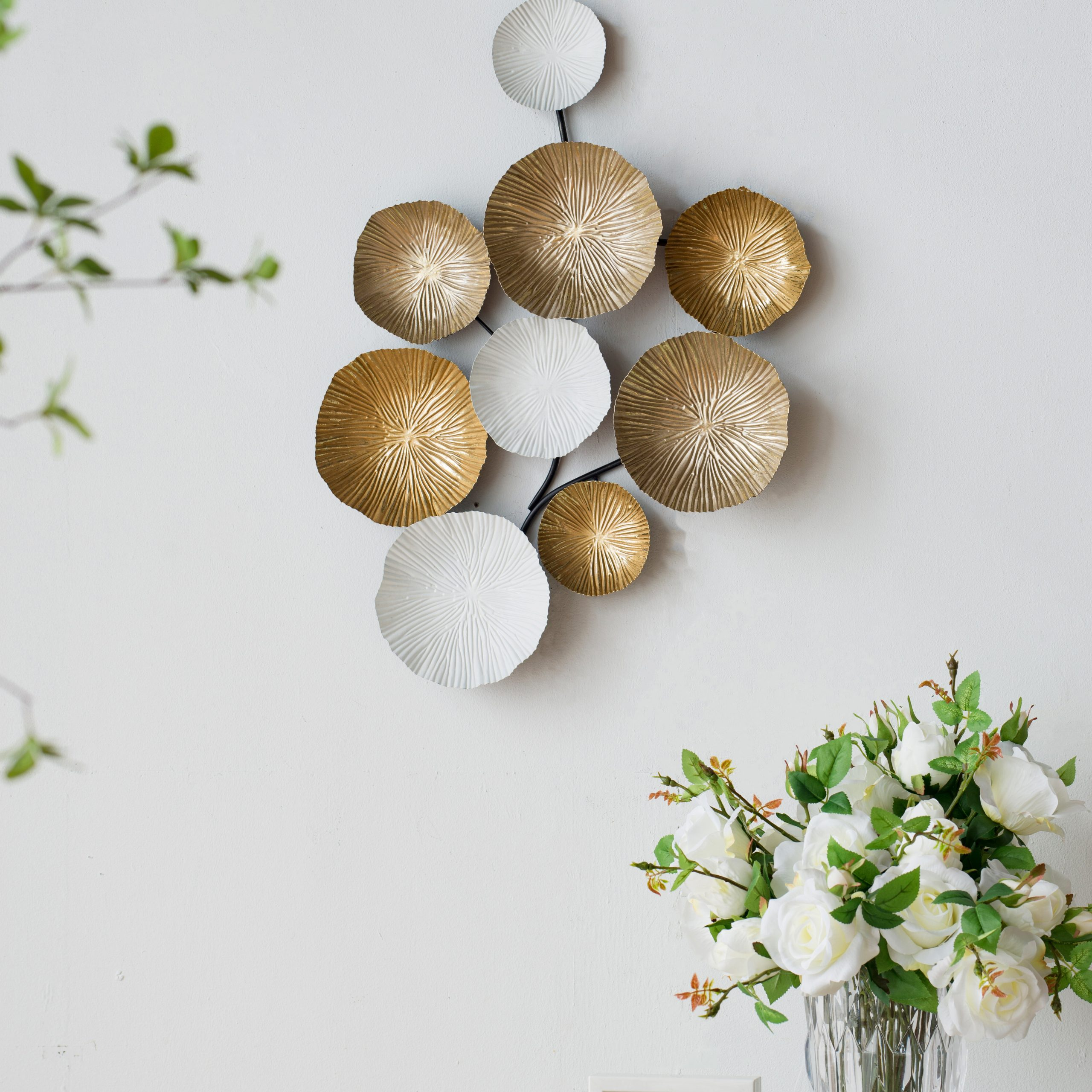 2019 Multi Circles Metal Wall Décor For Multi Circles Wall Décor (View 14 of 20)