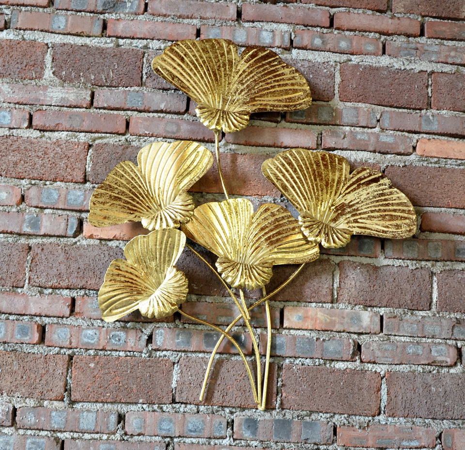 Antique Iron Alloy Wall Décor With Regard To Famous Antique Gold Flower Metal Art Hanging Art Hotel Wall Decor – Buy Hotel Wall Decor,hotal Wall Flower,antique Hotal Wall Decor Product On Alibaba (View 12 of 20)
