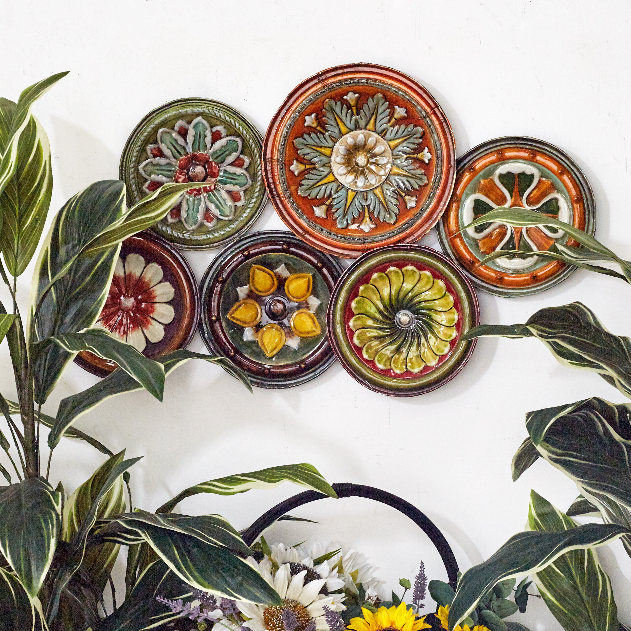 Featured Photo of Floral Plate Wall Décor By World Menagerie