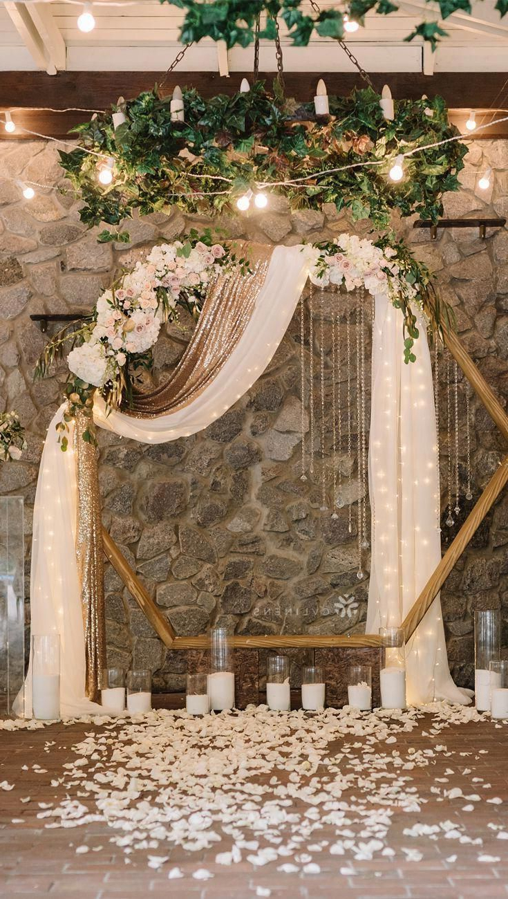 Modern Wedding Ceremony Throughout Fashionable Blended Fabric Spring Party Wall Hangings (View 13 of 20)