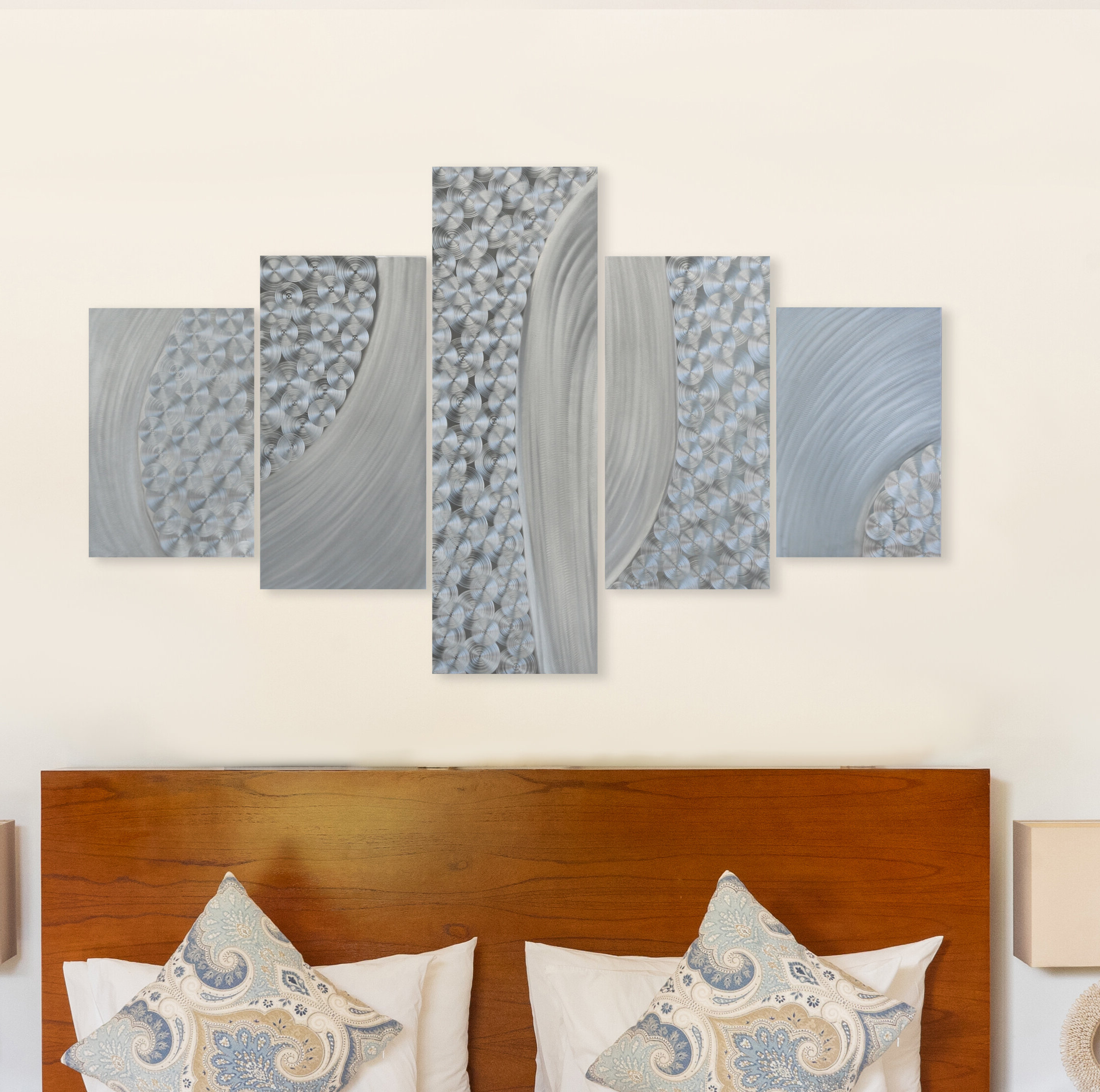 Featured Photo of Graceful Wall Décor By Orren Ellis
