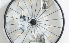 Millanocket Metal Wheel Photo Holder Wall Decor